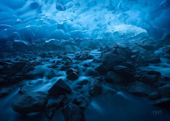 غار یخچال طبیعی مندنهال، آلاسکا